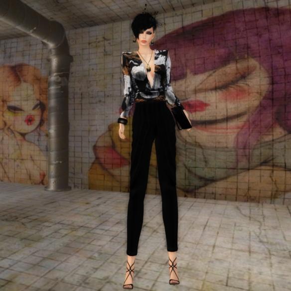 Sienna Bellios, Business Glam